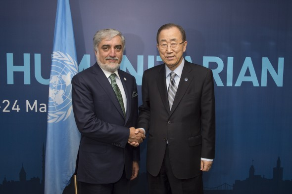 On May 24, Chief Executive of I.R. of Afghanistan H.E. Dr. Abdullah Abdullah met with the United Nations Secretary-General H.E. Mr. Ban Ki-moon on the sidelines of the World Humanitarian Summit at Istanbul, Turkey. Humanitarian issues, including challenges facing Afghanistan and the efforts by the National Unity Government along with the role of the UN were discussed.