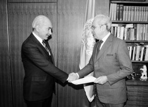 H.E. Mr. Shah Mohammad Dost with Secretary General Javier Perez de Cuellar (23 January, 1987)